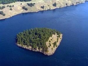 sentinel-island_SamBuck_DOE